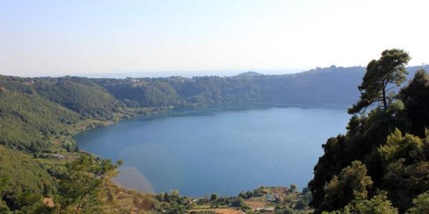 В Италии обнаружили затопленную 70 лет назад деревню (ФОТО)