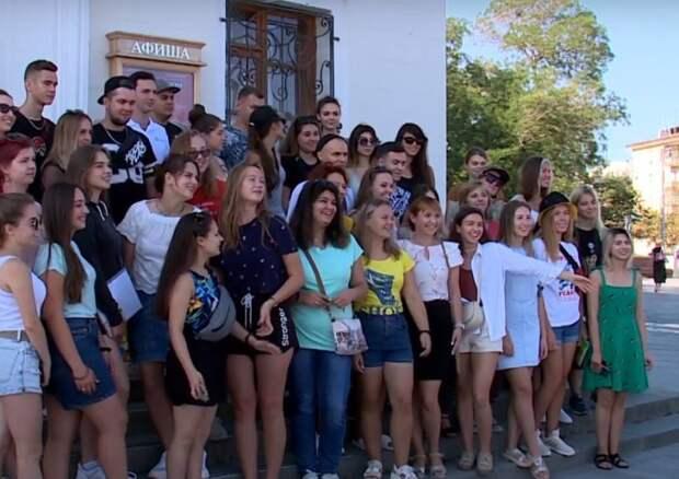 Молодость в России продлили до 35 лет: плюсы и минусы решения Госдумы