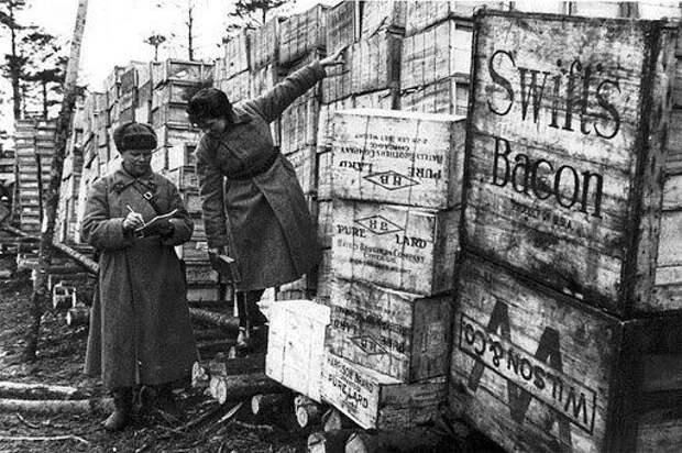 Продукты полученные по Ленд-лизу для нужд Красной Армии. Фото в свободном доступе.