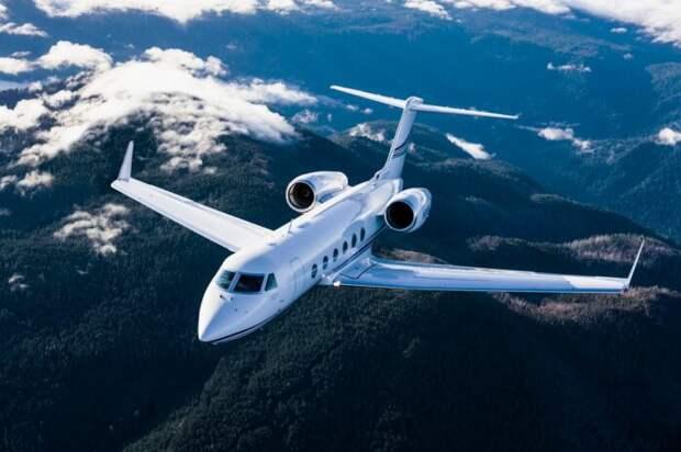 ВО: над российской базой Гюмри пролетел неизвестный самолет из Турции