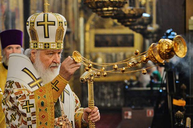 Православные отмечают день Святой Троицы 7 июня