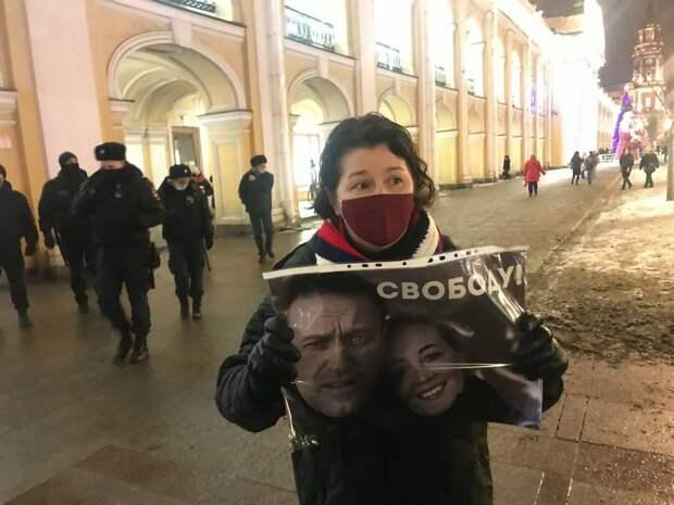 СМИ – иноагенты окончательно потеряли веру в российский протестный электорат, и переключились на «угнетаемых» мигрантов...