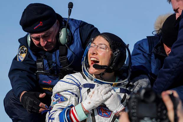 Спускаемый аппарат «Союз МС-13» благополучно приземлился в Казахстане