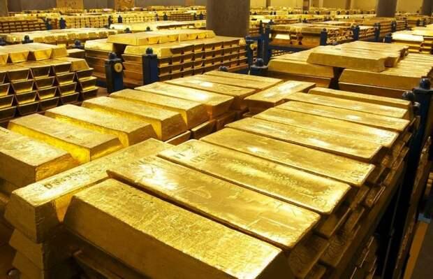Тучи сгущаются над «Форт-Ноксом»: мир вывозит золото из США.