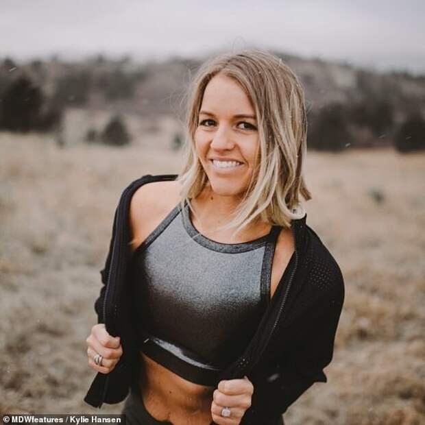 Из крайности в крайность: женщина похудела на 50 кг, но не смогла остановиться на достигнутом