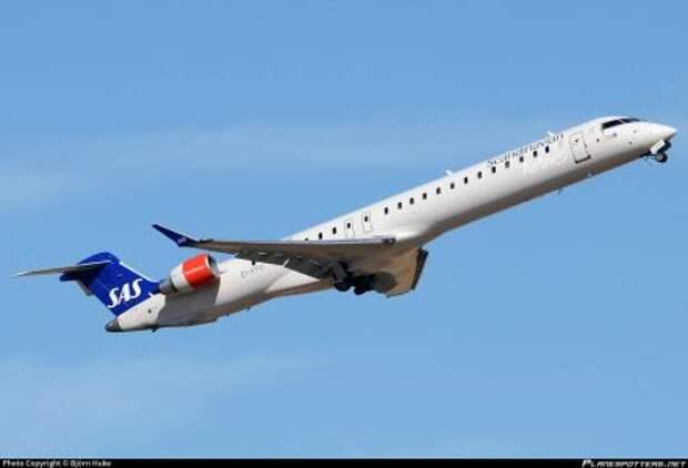 "Bombardier CRJ900 авиакомпании SAS, ""мокрый лизинг"" у CityJet"