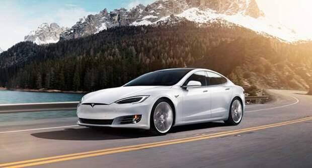 Tesla запатентовала поворотные сиденья и подвижное рулевое колесо