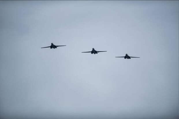 Бомбардировочная авиация США развернута у ворот Северного морского пути