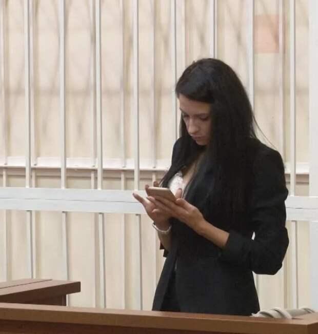 """""""я беременна""""... экс-судья просит отложить на 15 лет срок в колонии за смертельное ДТП"""