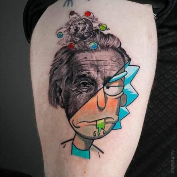 Татуировки, выполненные в двух стилях одновременно