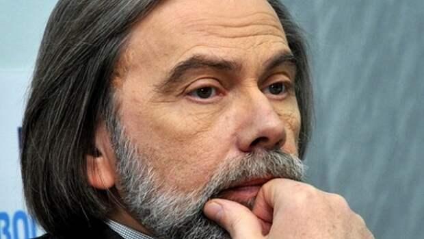 Политолог рассказал о последствиях принятия закона о коренных народах Украины