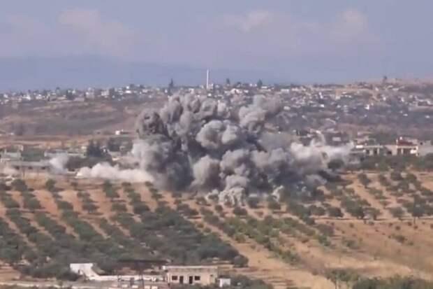 ВВС Египта уничтожили колонну террористов и сняли атаку на видео