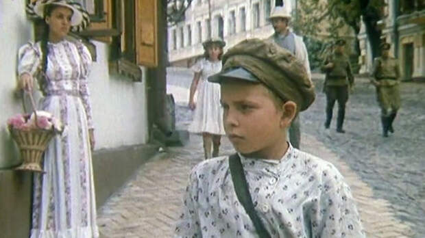 Как менялся Макар-следопыт, актер Максим Минин, с течением времени.