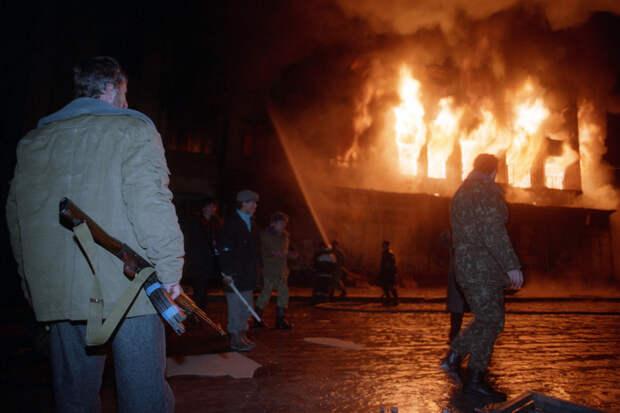 Грозный в декабре 1994 года / Александр Неменов и Анатолий Морковкин /ИТАР-ТАСС