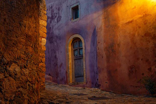 Monemvasia  by Yiannis Chatzitheodorou on 500px.com