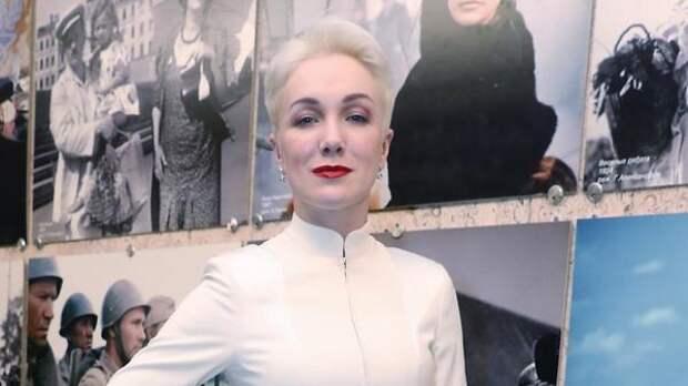Дарья Мороз продает элитный внедорожник