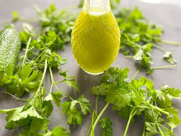 Зеленое масло, фото поближе