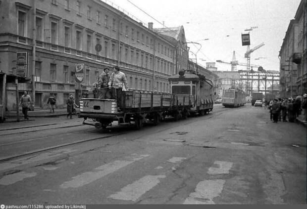 Общественный транспорт иногда бывал бесплатным. история, факты, фото