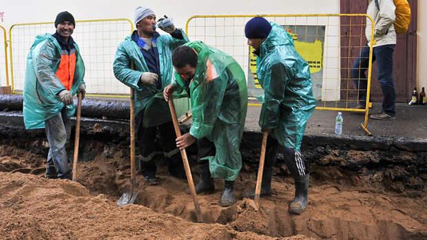 Москву окружат мигрантские гетто. Чем опасны новые правила регистрации