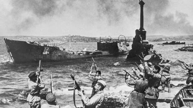 Севастополь в 1944 году и 2021-м: тотальная разруха после ВОВ и преображение в России