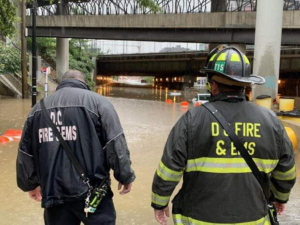 Столицу США затопило: Вашингтон страдает от наводнения