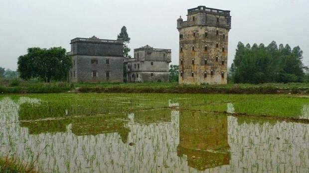 8 фото китайских крепостей, которые похожи на свечки