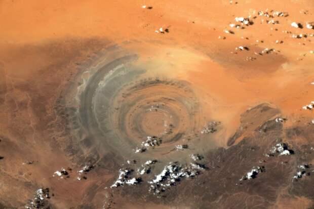Земля на фотографиях с МКС весьма напоминает Марс