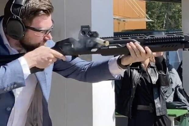 """Концерн """"Калашников"""" разработал ружье с подключением к гаджетам"""