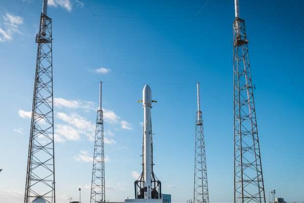 SpaceX потеряла связь с секретным спутником Zuma