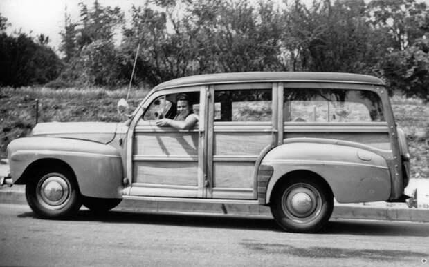 Довоенный Ford с деревянным кузовом «универсал»