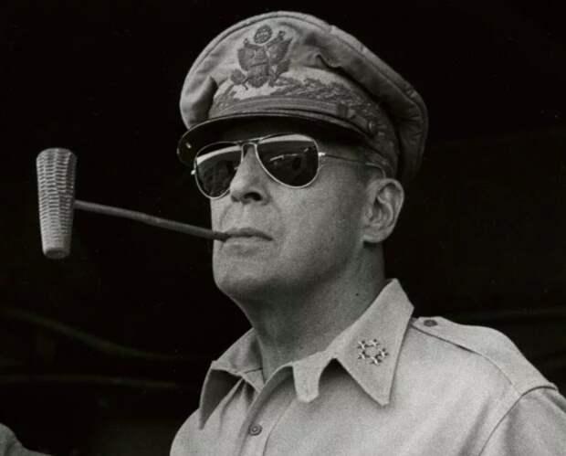 Генерал Дуглас