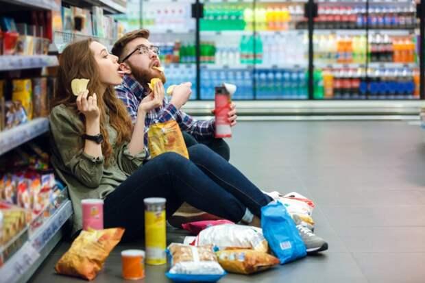 Можно ли в супермаркете съесть еще не купленный продукт?