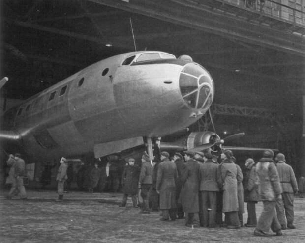 Почему Сталин не разрешил строить большие гражданские самолёты