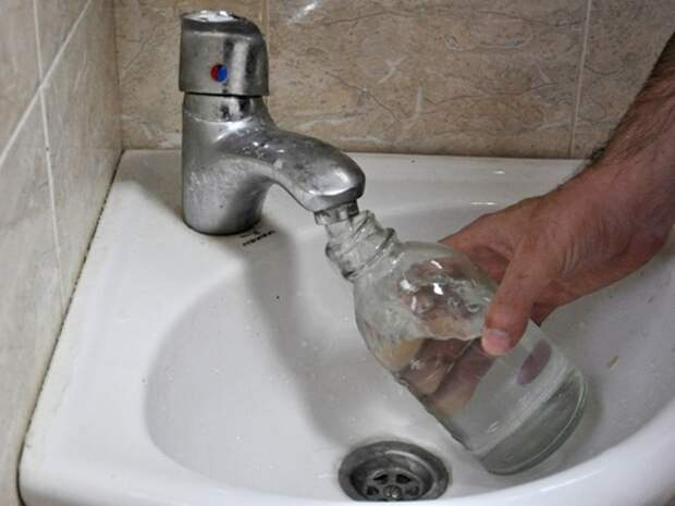 Роспотребнадзор: Студенты в колледже Комсомольска-на-Амуре отравились водой из кулеров