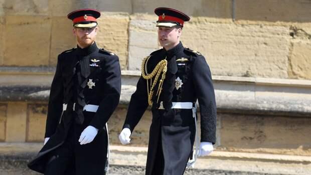 Принц Гарри впервые пообщался с отцом и братом после скандального интервью