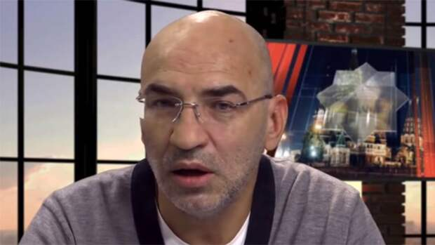Политолог Крутаков обратил внимание на системную русофобию Украины