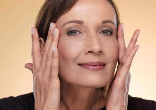Круговая подтяжка лица: одно упражнение заменяет салоны красоты и даже пластику