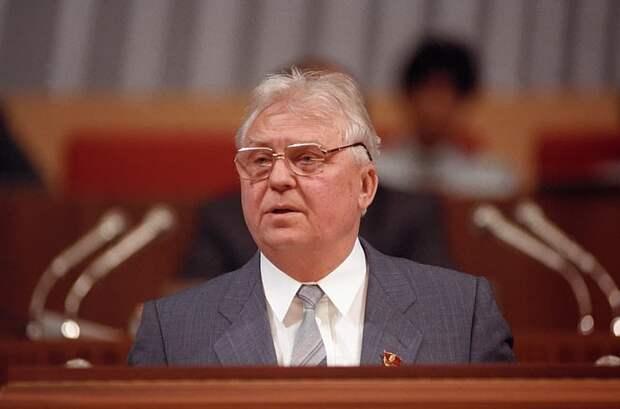 Сын Егора Лигачева рассказал о последних днях жизни старейшего члена советского Политбюро