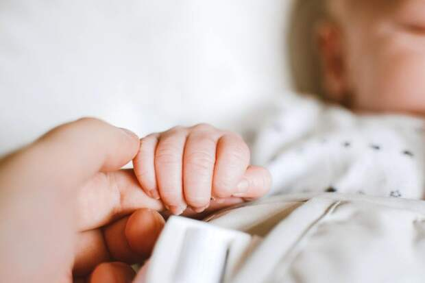 25-летняя женщина родила сразу девять детей