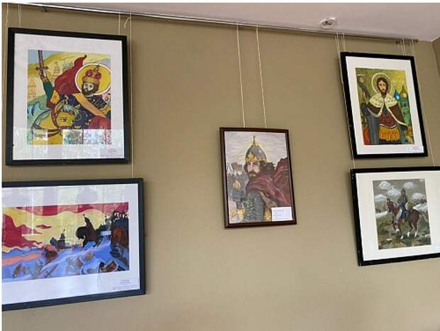 В культурном центре на улице Свободы открылась выставка, посвящённая Александру Невскому