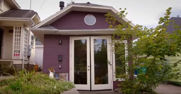 Предприимчивый американец превратил гараж в полноценный дом и поселил туда свою маму
