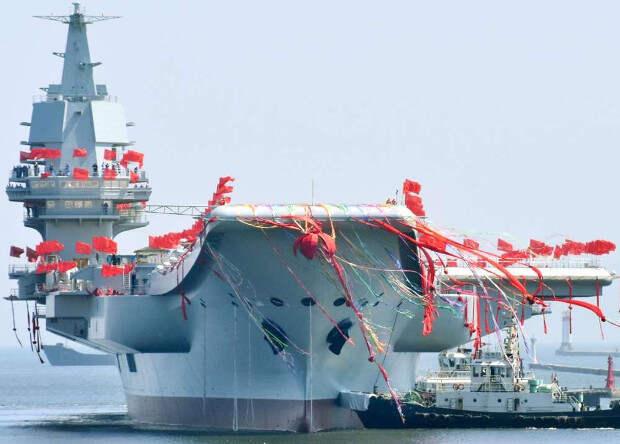 Первый китайский авианосец приступил к ходовым испытаниям