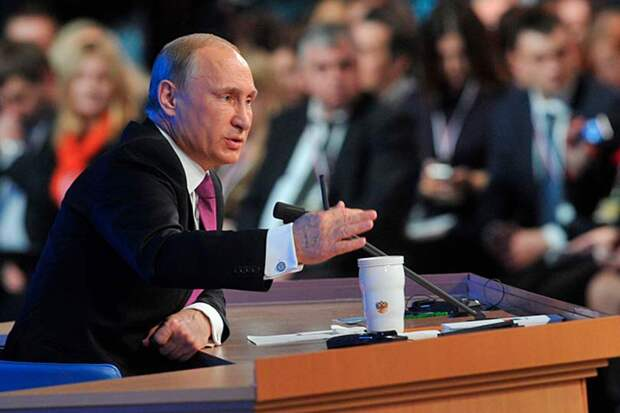 Пресс-конференция Путина омрачена приближающимся юбилеем Сталина, до которого он так и не смог дотянуться