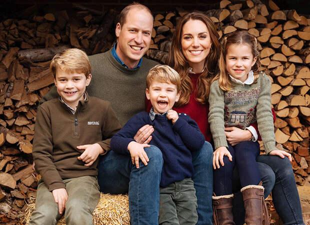 Торт для Кейт Миддлтон и открытки для принцессы Дианы: поздравления от принцев Джорджа, Луи и принцессы Шарлотты в День матери