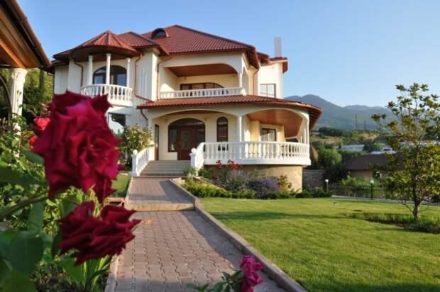 Самые дорогие дачи в России продаются в Крыму и Севастополе