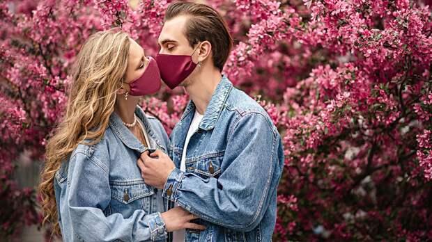Какие болезни передаются через поцелуй. Некоторые проявляют себя не сразу