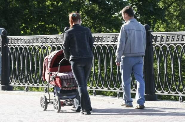 Профессия «мама». Как женщине совместить работу с заботой о детях?