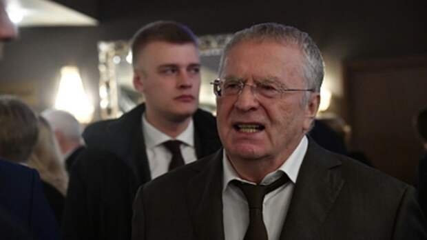 """""""Когда вот-вот война начнётся"""": Жириновский громко взвыл в прямом эфире у Соловьёва"""