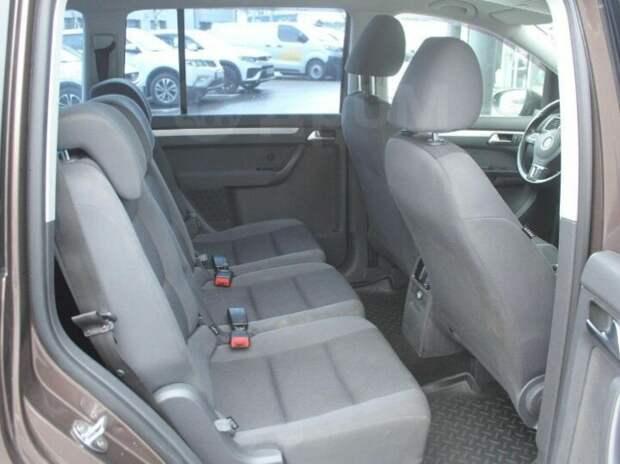 Нашел идеальный семейный автомобиль. Экономичность и надежность всего за 500.000 рублей!
