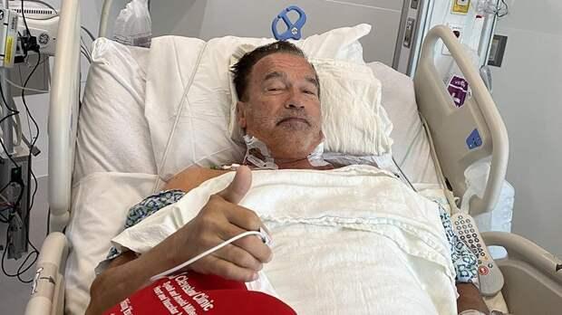 Арнольд Шварценеггер показал фото после операции на сердце